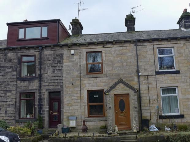 2 Bedrooms Semi Detached House for sale in Rochdale Road Todmorden