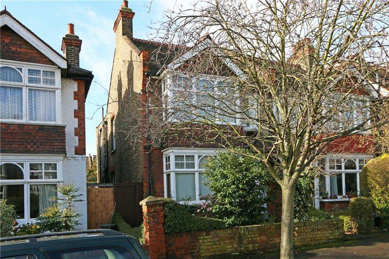 4 Bedrooms Semi Detached House for sale in Midmoor Road, Wimbledon, London, SW19