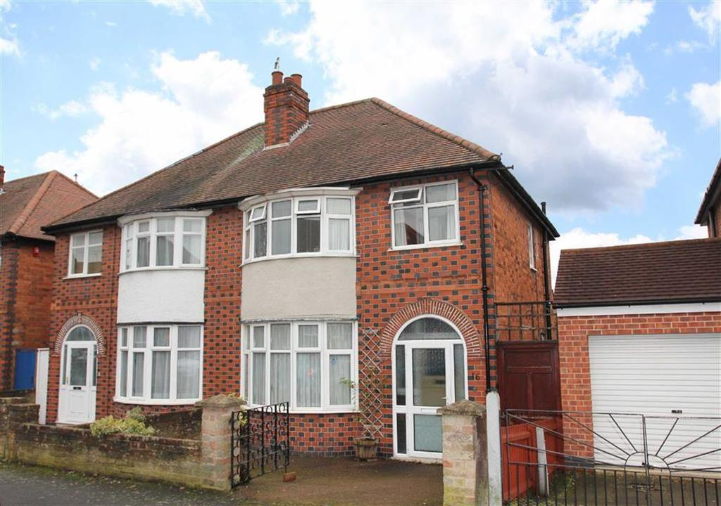 3 Bedrooms Semi Detached House for sale in Oakthorpe Avenue, Western Park, Leicester