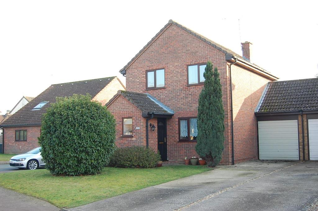 3 Bedrooms Link Detached House for sale in Wren Close, Mildenhall
