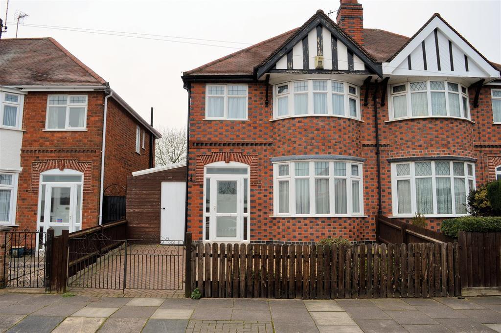 3 Bedrooms Semi Detached House for sale in Danehurst Avenue, Western Park