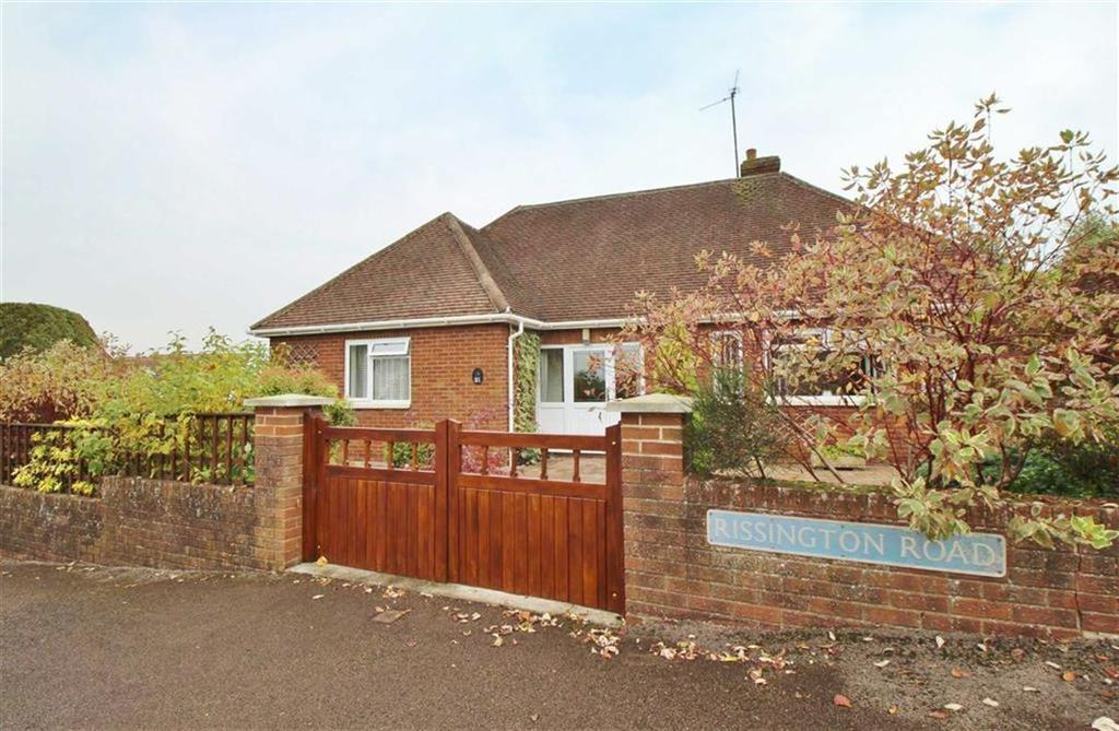 3 Bedrooms Detached Bungalow for sale in Rissington Road, Tuffley, Gloucester
