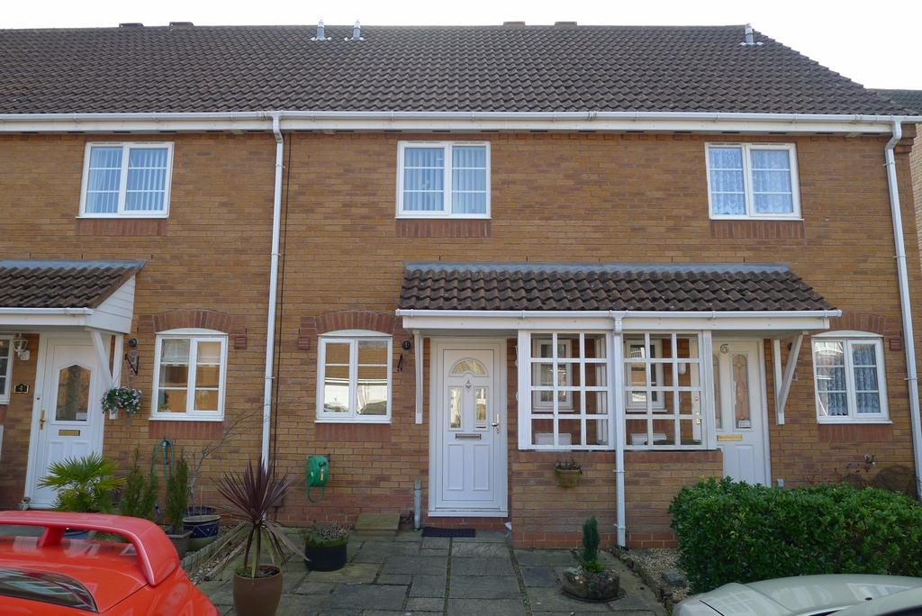 2 Bedrooms Terraced House for sale in THE MOORINGS, FAREHAM
