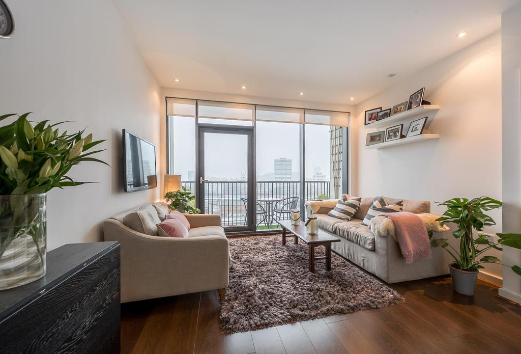 1 Bedroom Apartment Flat for sale in ST.JOHN'S HILL, SW11