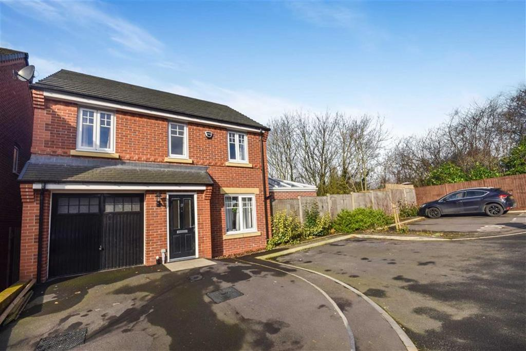 3 Bedrooms Detached House for sale in Borchardt Drive, Swinton