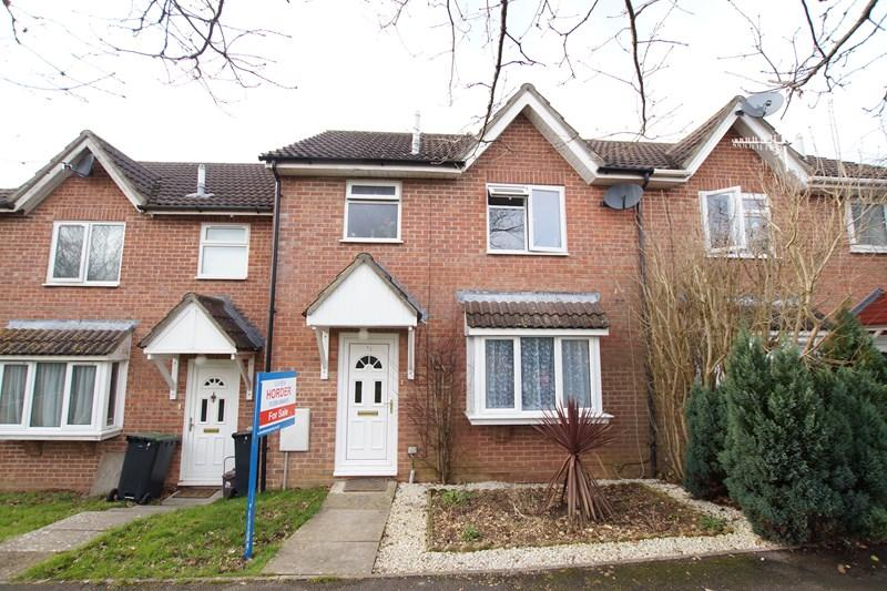 3 Bedrooms Terraced House for sale in Mortain Close, Blandford Forum