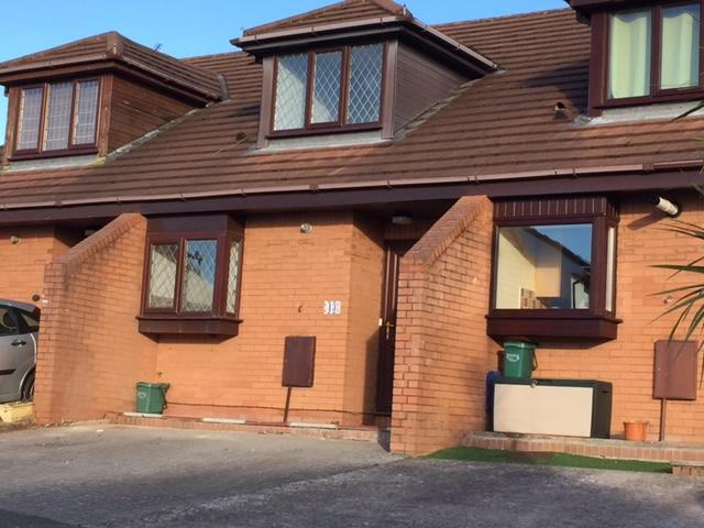 2 Bedrooms Terraced House for sale in Mountbatten Road, Barry