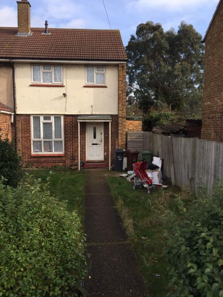 2 Bedrooms House for sale in Roycraft Avenue