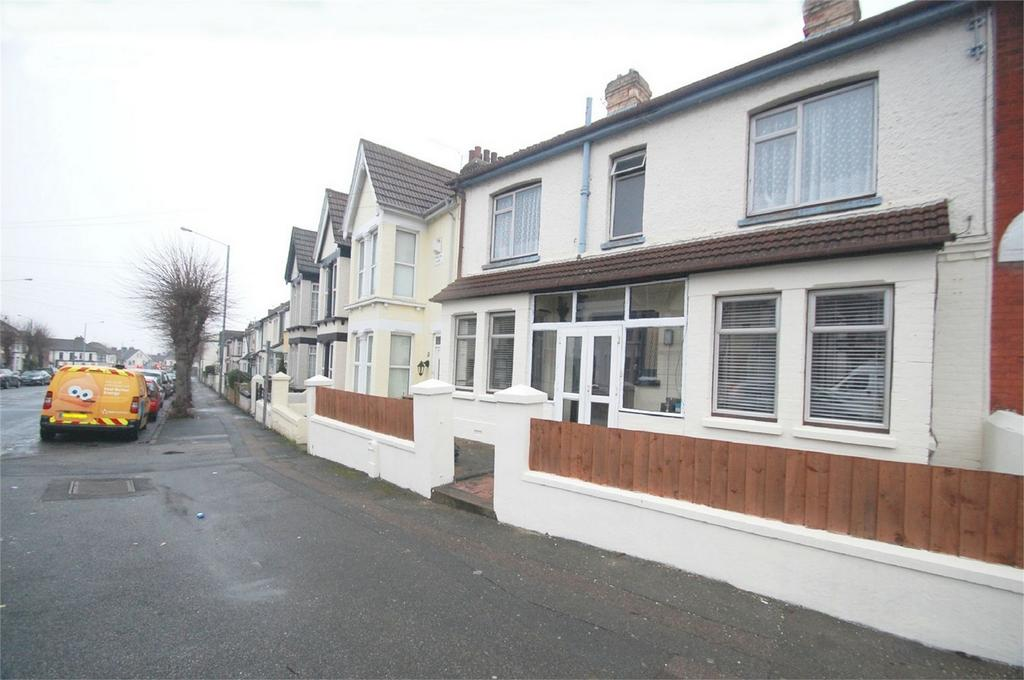 4 Bedrooms Terraced House for sale in Rock Avenue, Gillingham, Kent