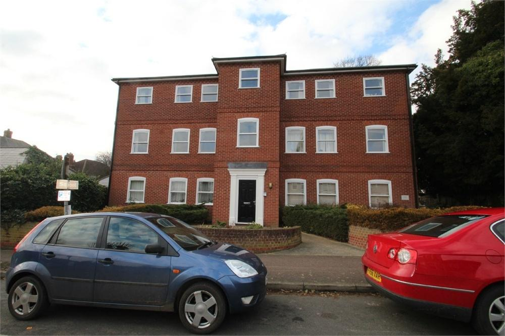 2 Bedrooms Flat for sale in Oxford Road, COLCHESTER, Essex