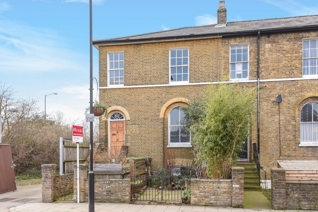 4 Bedrooms Semi Detached House for sale in Peckham Hill Street, Peckham, SE15