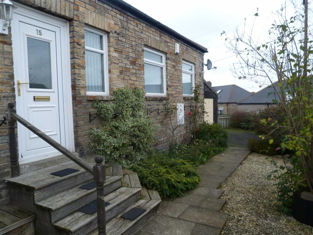 2 Bedrooms Semi Detached Bungalow for sale in North View Bungalows, High Spen, Tyne And Wear