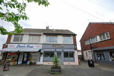 3 bedroom flat to rent - Southend, Cleadon