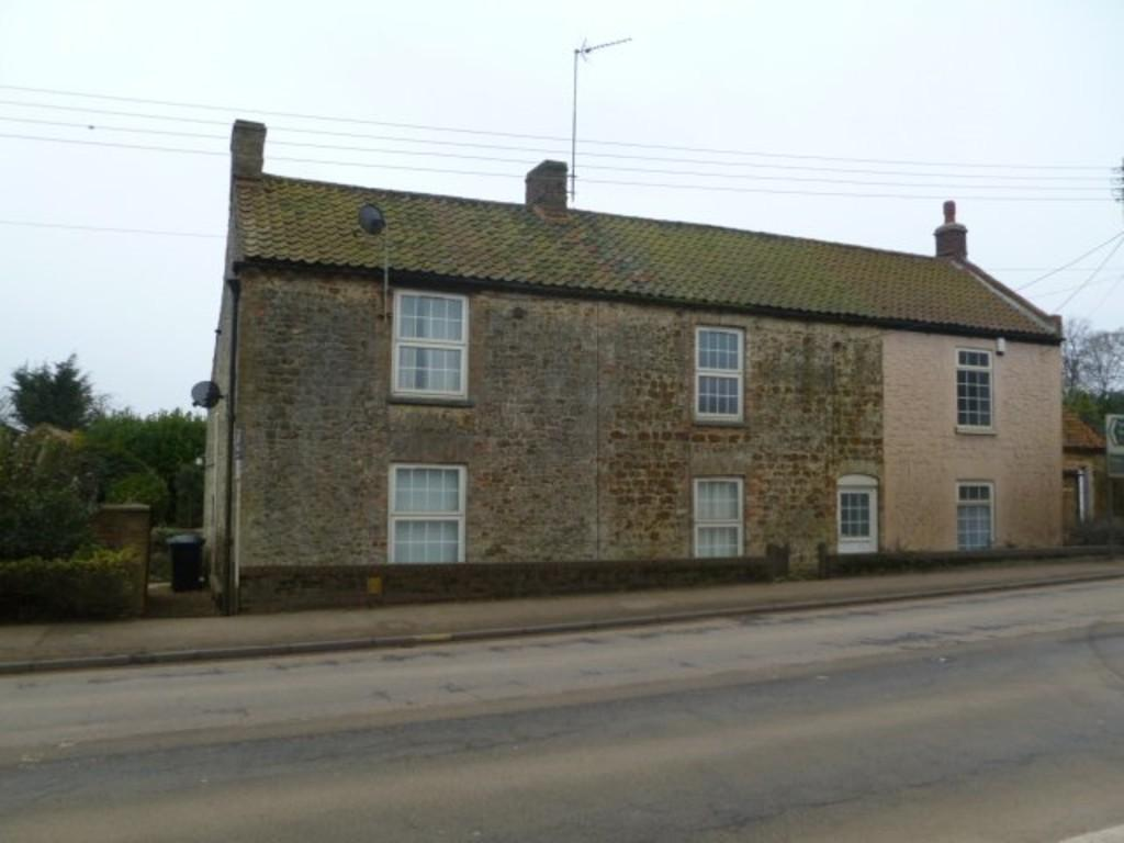 4 Bedrooms End Of Terrace House for sale in Lynn Road, East Winch, Kings Lynn, Norfolk