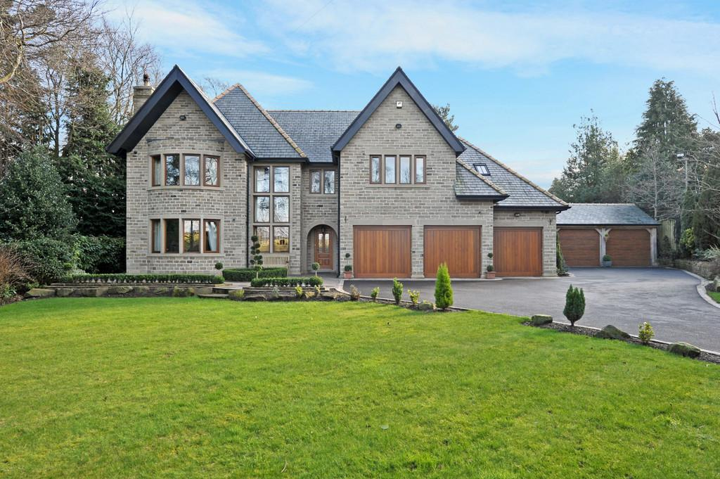 5 Bedrooms Detached House for sale in Sandbeds, Holmfirth