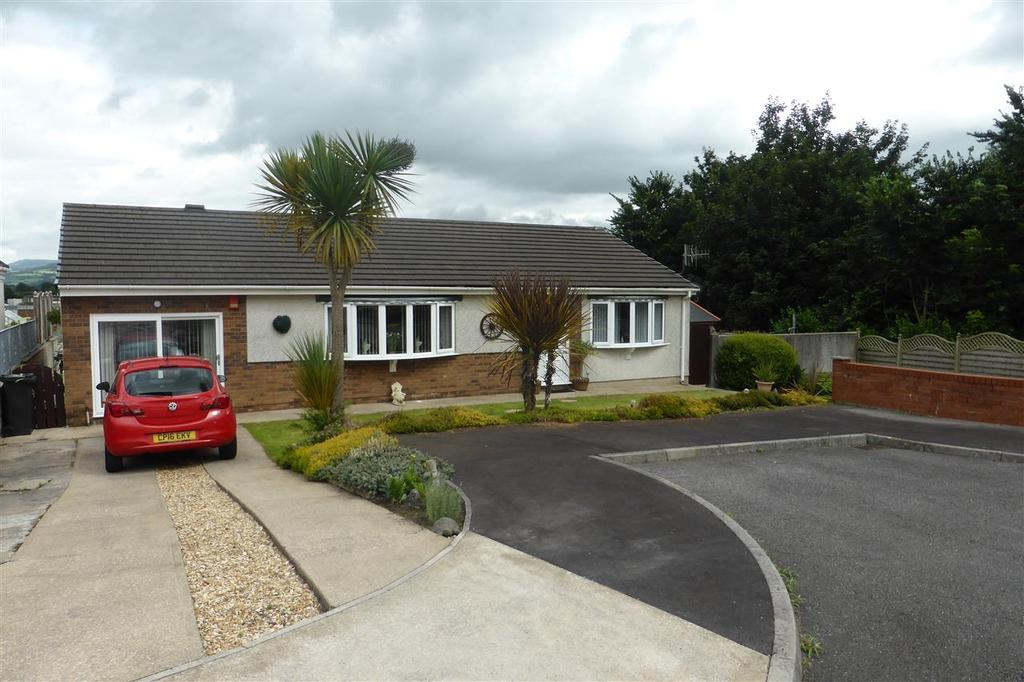 3 Bedrooms Bungalow for sale in 3 Ryans Close, Cwrt Herbert, Neath Abbey, Neath