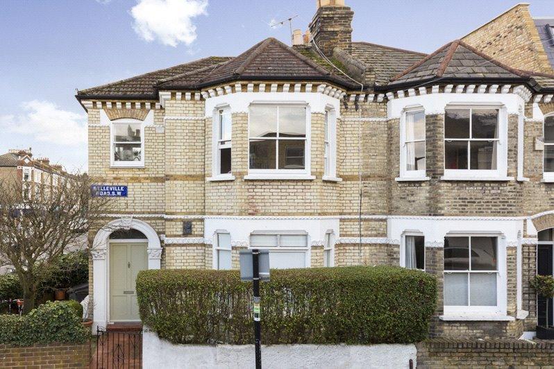 2 Bedrooms Maisonette Flat for sale in Belleville Road, London, SW11
