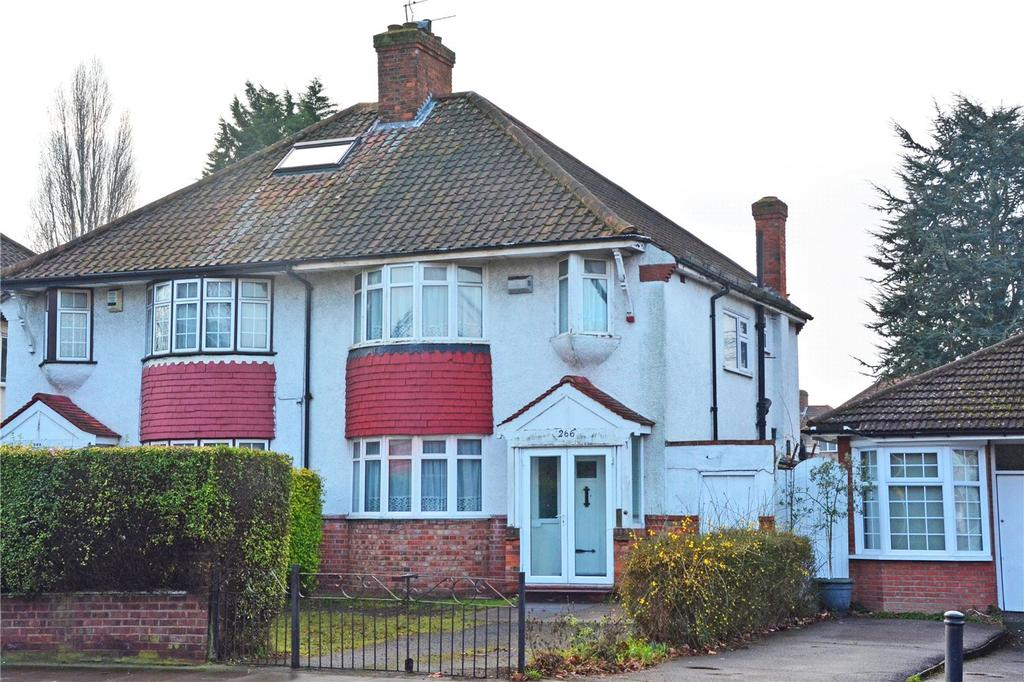 3 Bedrooms Semi Detached House for sale in Shooters Hill Road, Shooters Hill, London, SE18