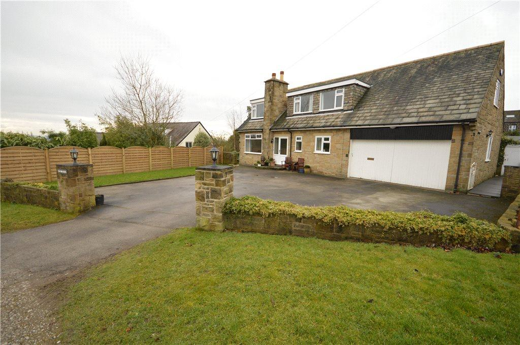 4 Bedrooms Detached House for sale in Lea Royd, Carlton Drive, Guiseley, Leeds, West Yorkshire