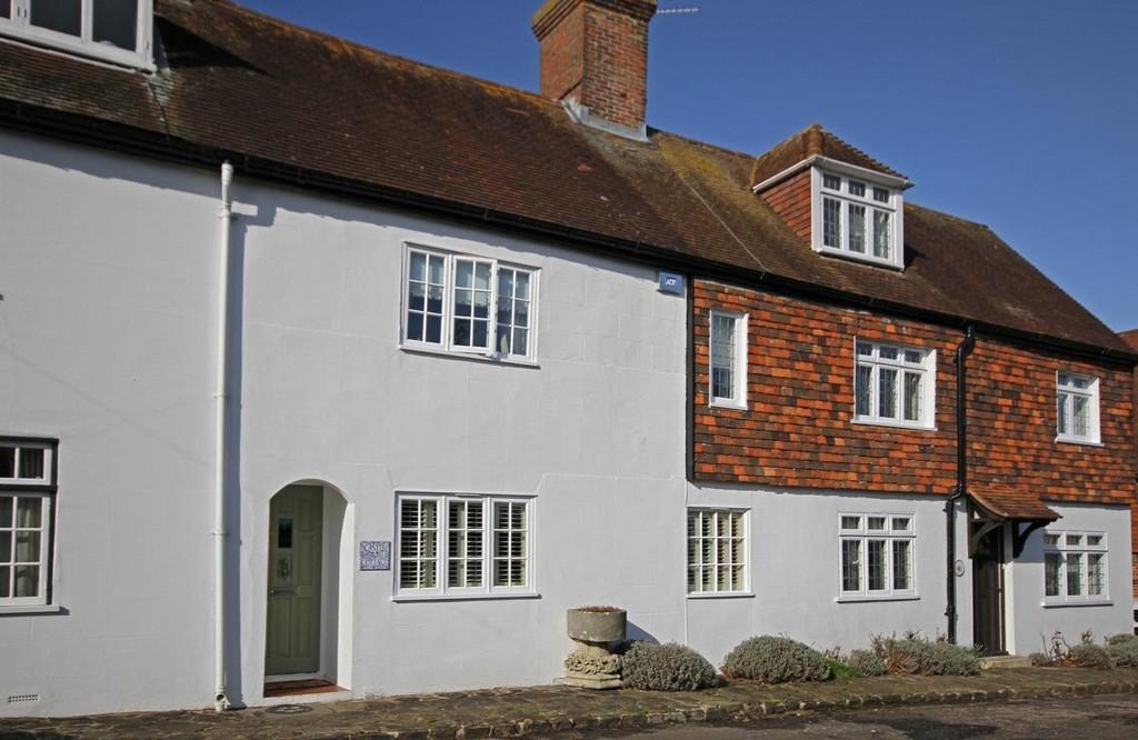 2 Bedrooms Cottage House for sale in Castle Street, Winchelsea, East Sussex TN36 4EL