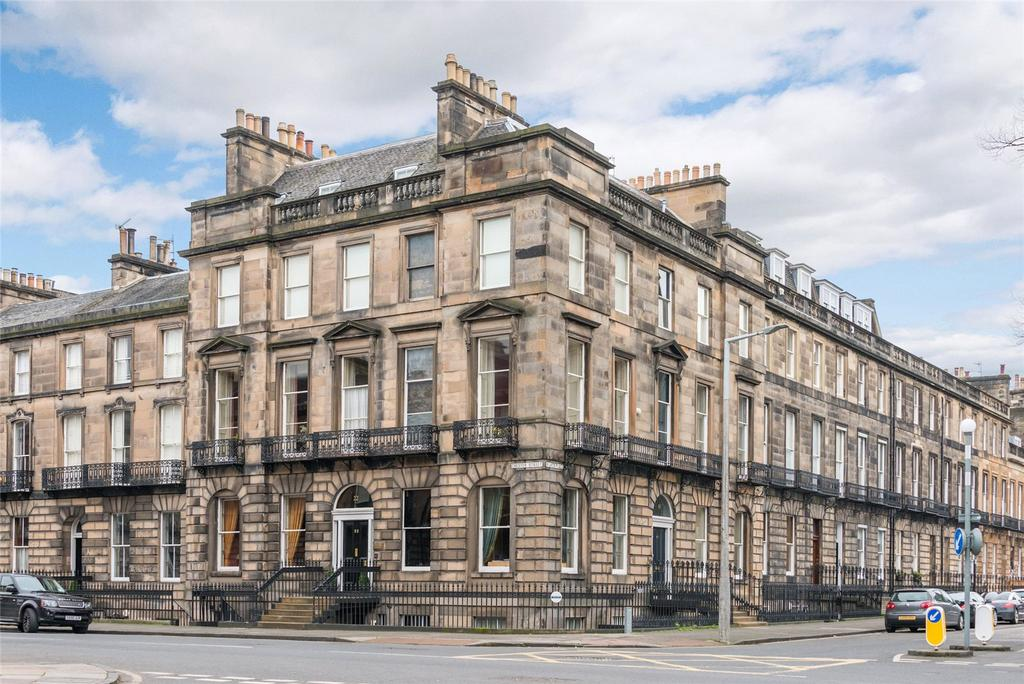 3 Bedrooms Apartment Flat for sale in Manor Place, Edinburgh, Midlothian