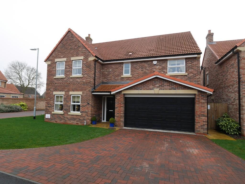 4 Bedrooms Detached House for sale in Sycamore Close, Howden