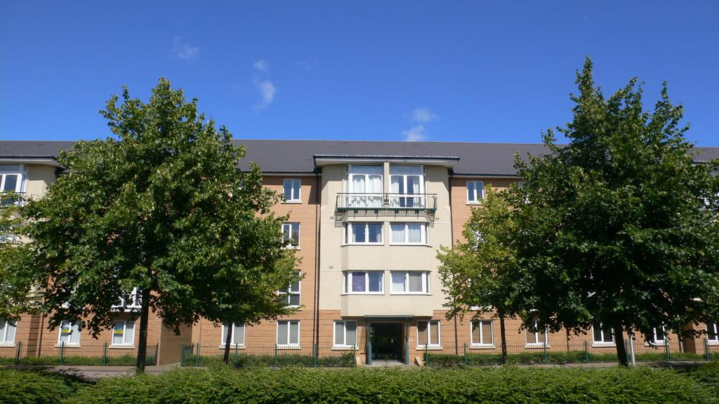 2 Bedrooms Apartment Flat for sale in Messina House, Vellacott Close, Cardiff