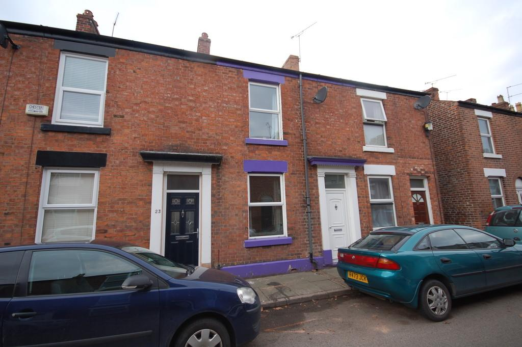 2 Bedrooms Terraced House for sale in Cornwall Street, Chester