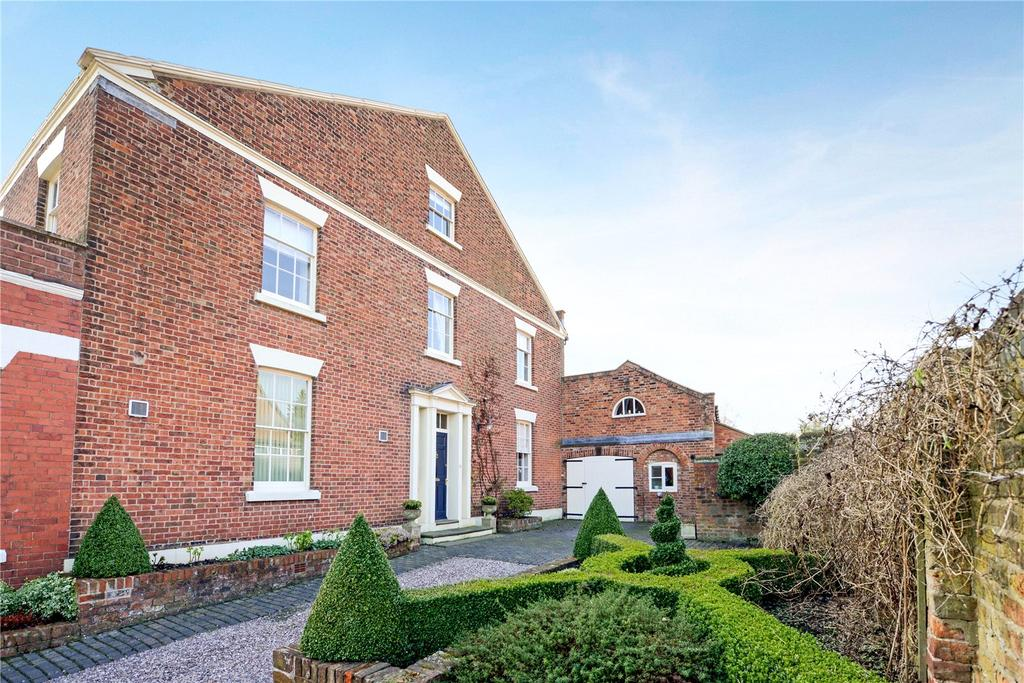 4 Bedrooms Unique Property for sale in Village Road, Christleton, Chester, CH3