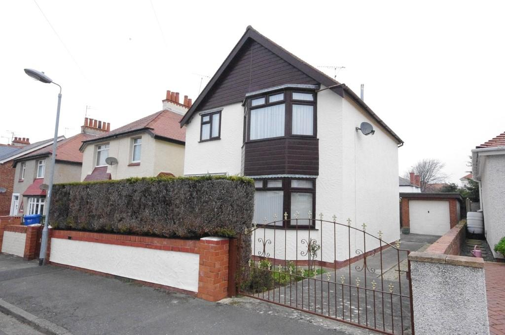 3 Bedrooms Detached House for sale in Palmeira Gardens, Prestatyn