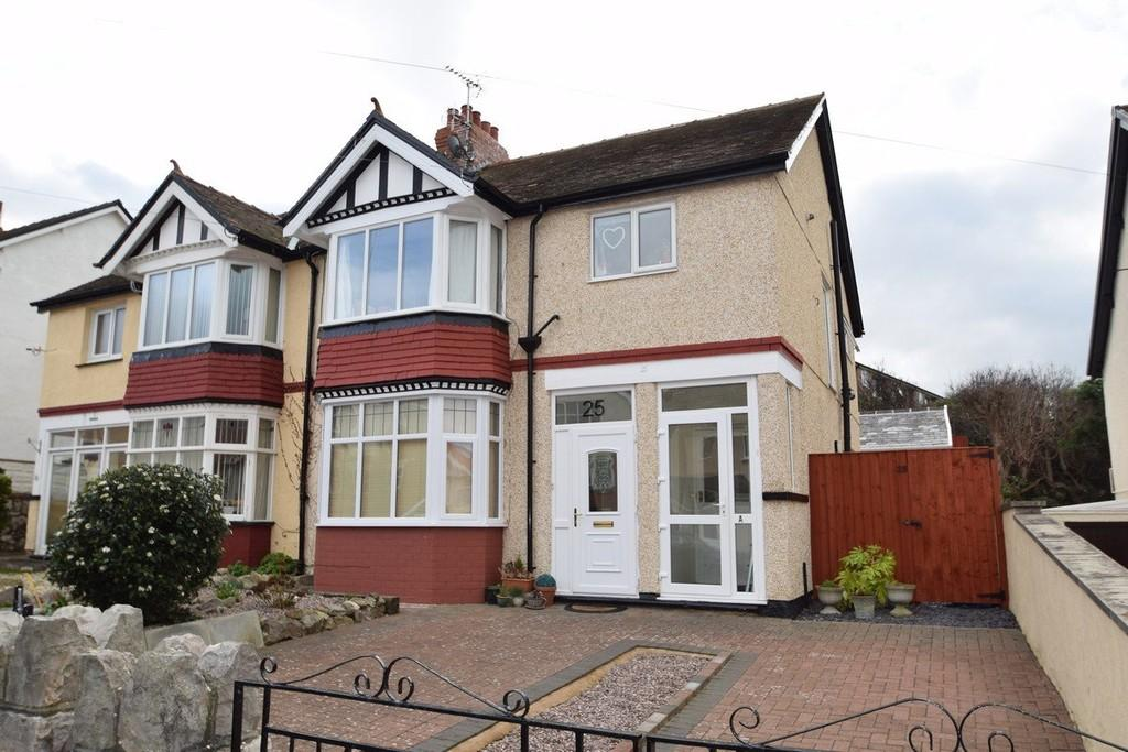 2 Bedrooms Apartment Flat for sale in Colwyn Crescent, Rhos On Sea