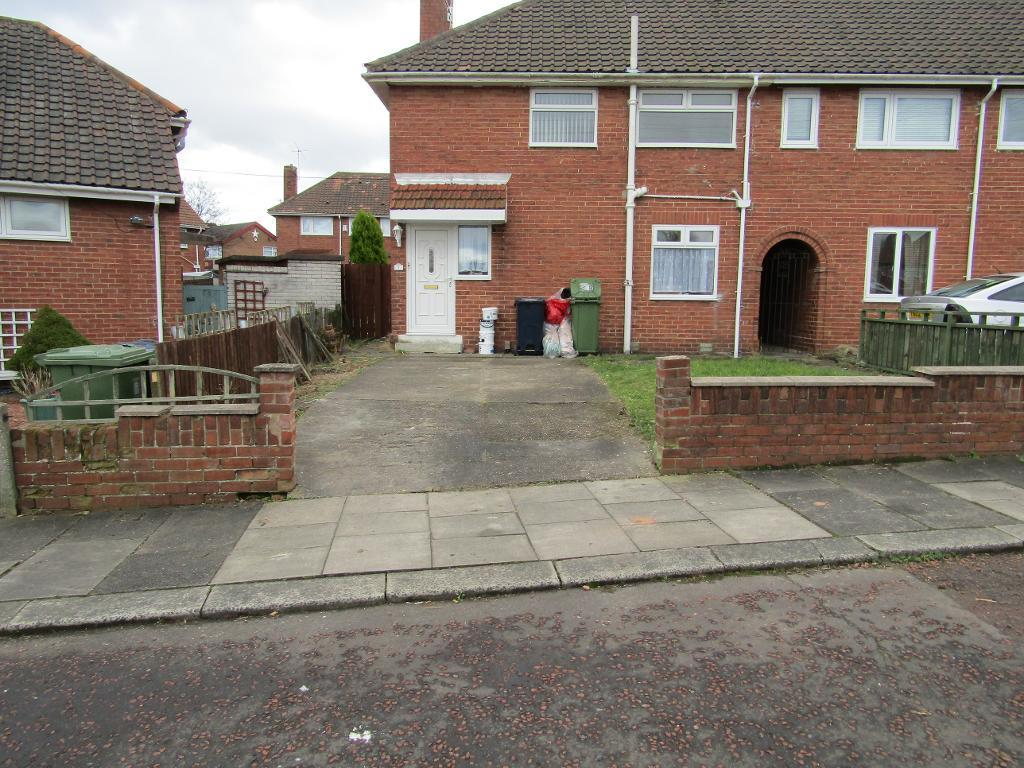 2 Bedrooms Semi Detached House for sale in Cheviot Gardens, Lobley Hill, Lobley Hill, Tyne and Wear, NE11 9LQ