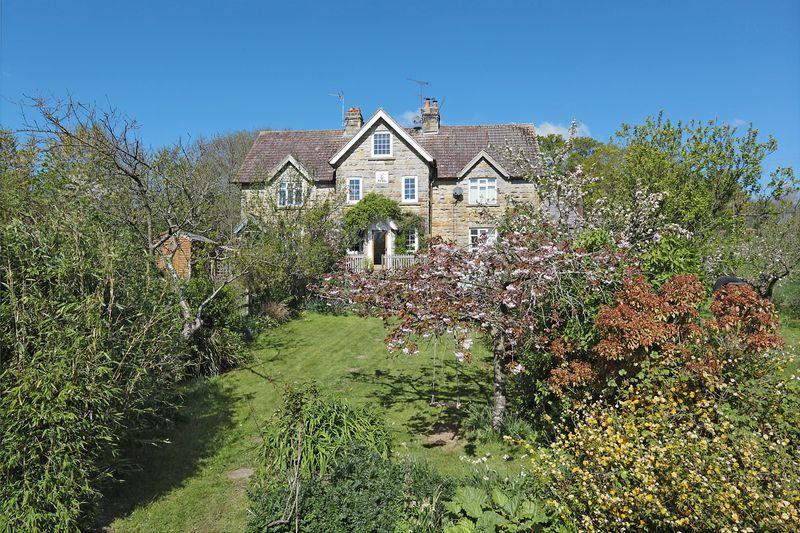 3 Bedrooms House for sale in Rural Tunbridge Wells, Eridge Green, East Sussex
