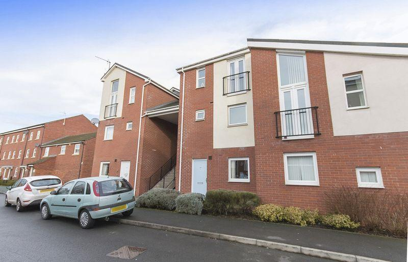 2 Bedrooms Apartment Flat for sale in WILDHAY BROOK, HILTON