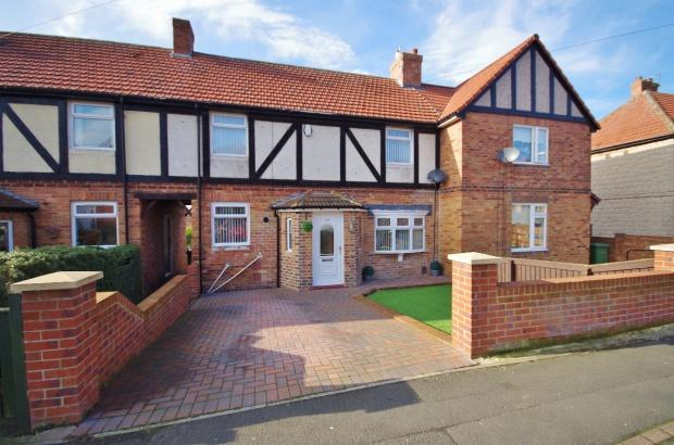 2 Bedrooms Terraced House for sale in Shrewsbury Crescent, Humbledon, SR3