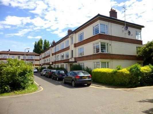 1 Bedroom Flat for sale in Manor Vale, Boston Manor Road, Brentford