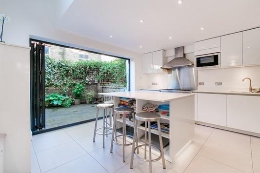 5 Bedrooms Terraced House for sale in Beryl Road, Hammersmith, London