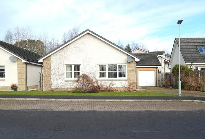 2 Bedrooms Bungalow for sale in Kilowen, 8 Caddon Haugh, Clovenfords, TD1 3LE