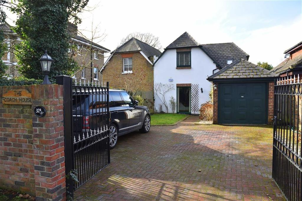 3 Bedrooms Semi Detached House for sale in Southborough Road, Bromley, Kent