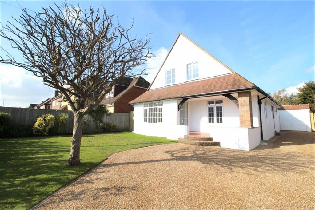 4 Bedrooms Detached House for sale in Cooden Drive, Bexhill On Sea