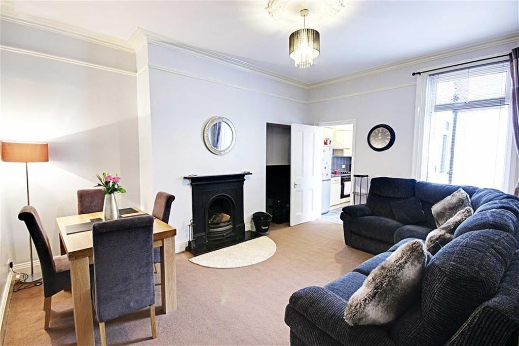 2 Bedrooms Flat for sale in Candlish Street, South Shileds, Tyne And Wear