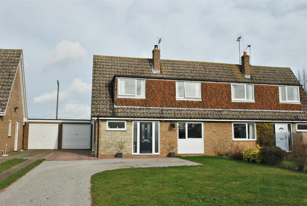 3 Bedrooms Chalet House for sale in Troston