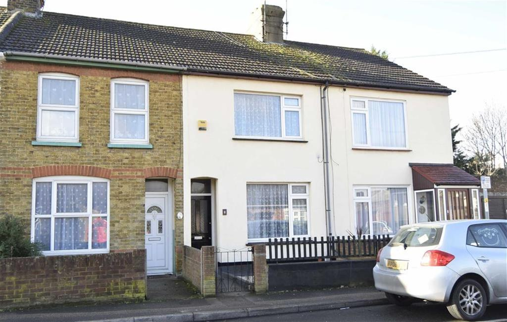 3 Bedrooms Terraced House for sale in Henry Street, Rainham, Kent, ME8