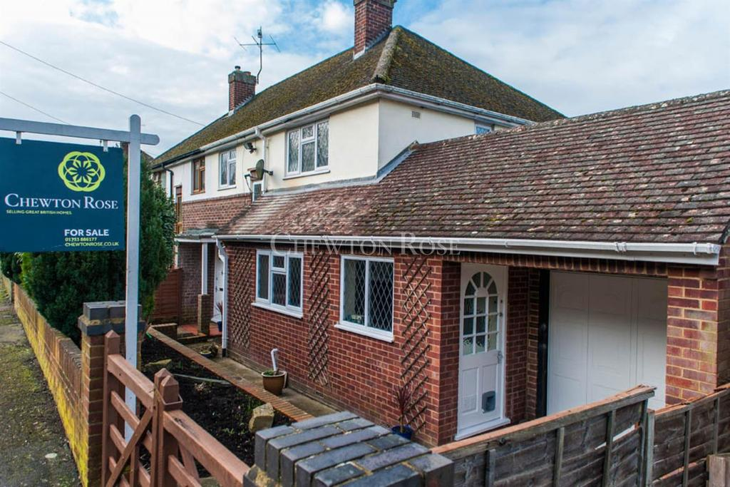 3 Bedrooms Semi Detached House for sale in High Wycombe, Buckinghamshire