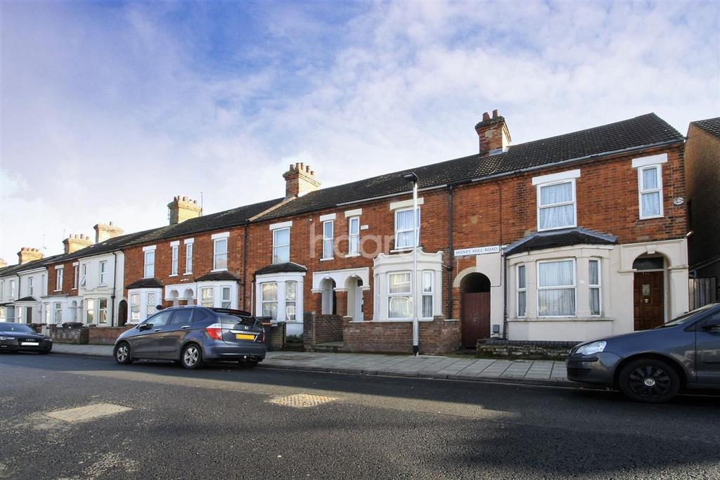 3 Bedrooms Terraced House for sale in Honey Hill Road, Bedford, MK40