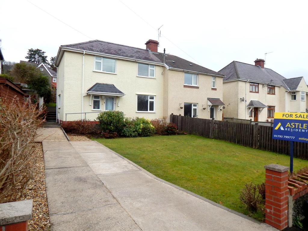 3 Bedrooms Semi Detached House for sale in Brynawel, Pontardawe, Swansea