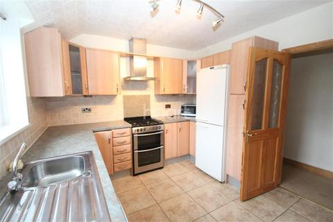 2 bedroom flat to rent - Lutterell Way, NG2
