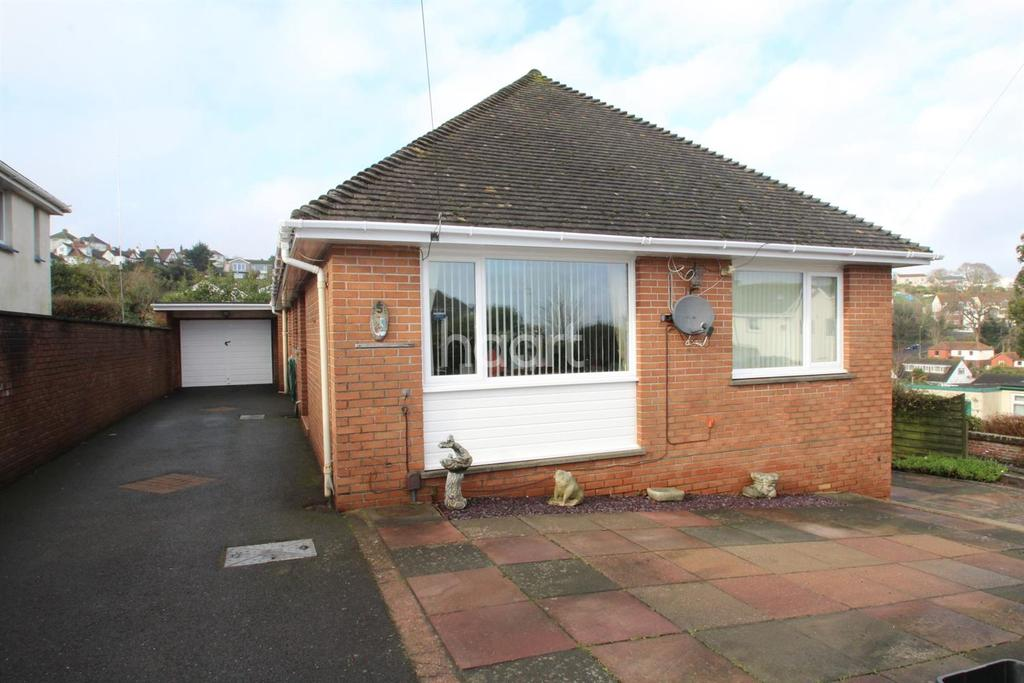 4 Bedrooms Bungalow for sale in Tavis Road, Paignton