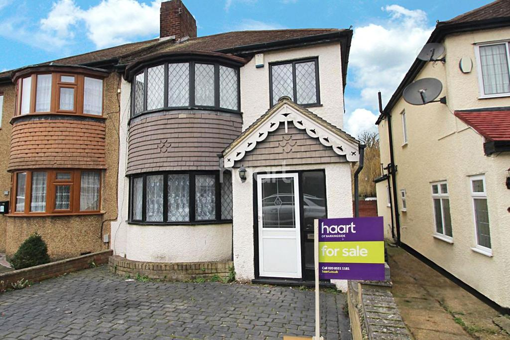 3 Bedrooms Semi Detached House for sale in Cheriton Avenue, Clayhall