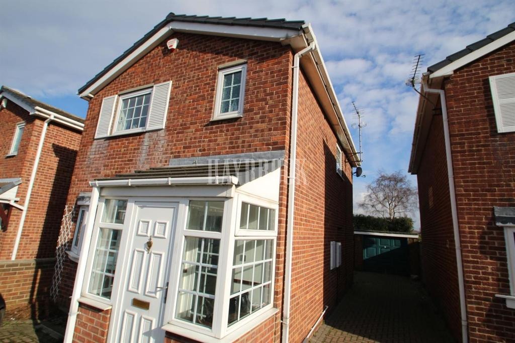 3 Bedrooms Detached House for sale in Buckingham Way, Royston